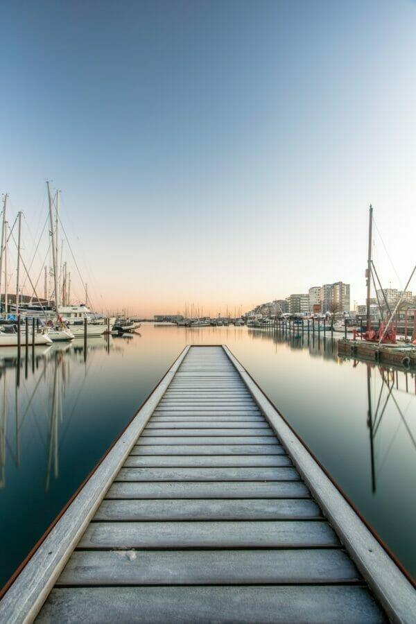 beach dock above water level